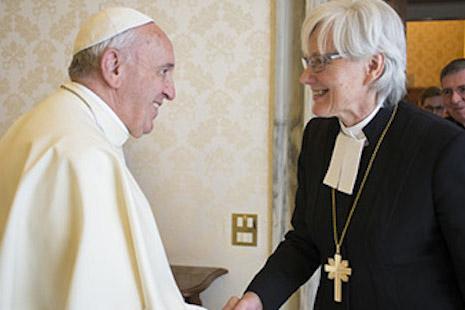 Bergoglio riapre, con nuovi membri, la commissione per il diaconato femminile.