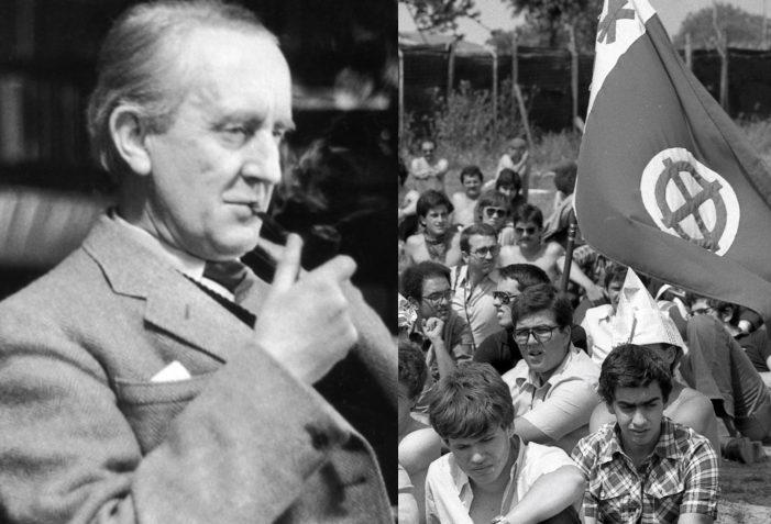 """Il mito del """"Tolkien fascista"""": la lunga storia d'amore tra la destra italiana e il professore di Oxford"""