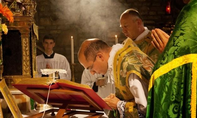"""La Frat. San Pio X protesta per la sospensione del culto: """"stigmatizziamo condotta della Pubblica Autorità"""""""