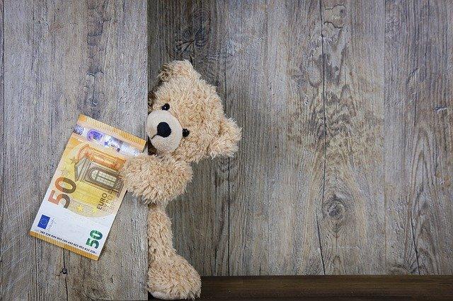 L'euro oggi diventa maggiorenne. Peccato che non sia un giorno di festa