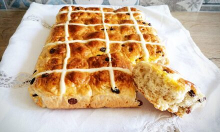 [SPADAKITCHEN] Hot Cross bun
