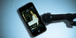 Microphone_and_podcast