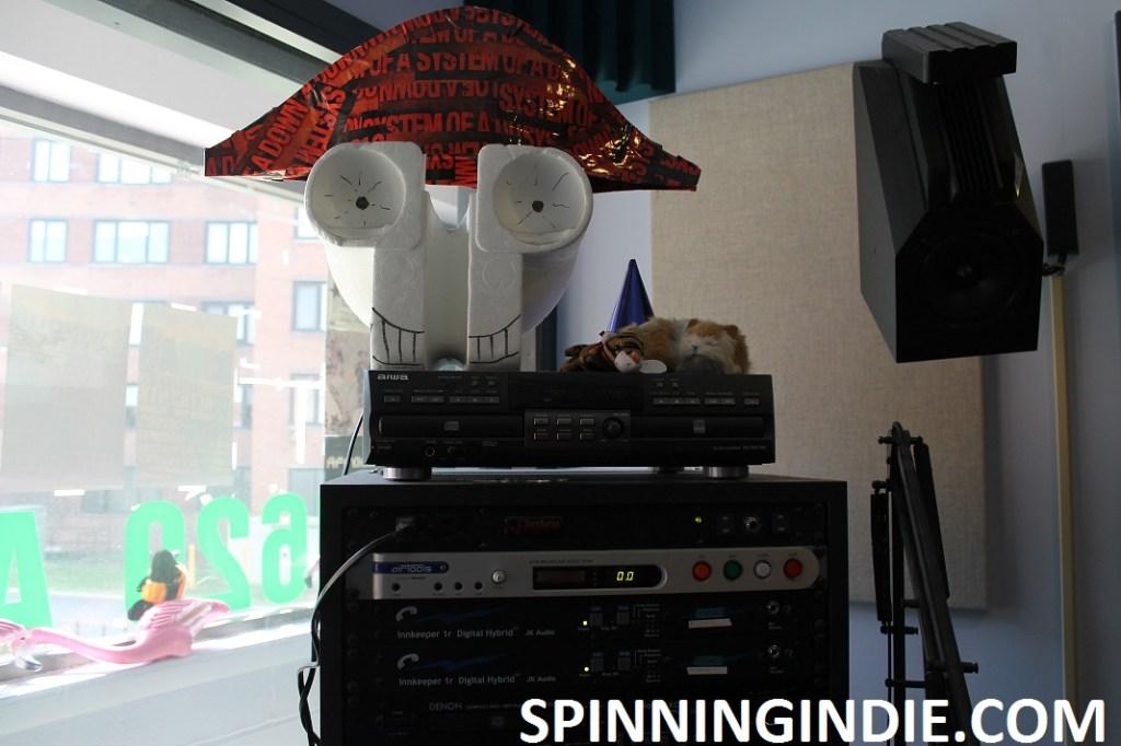 Pirate skull at college radio station WLOY