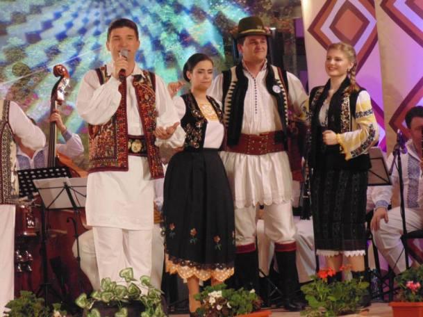 140515-16 Festivalul Din comoara satului Ghiroda 2 _dana.bacila