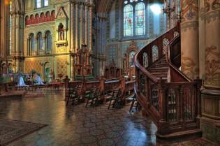 TIMISOARA - Interior din Biserica Millennium