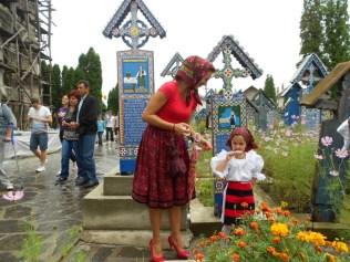 Sapanta_cimitir 2 fetita