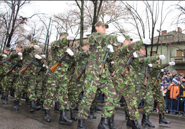 defilare armata militari