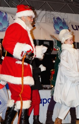 141221 _175758_Santa Klaus adus de Piti-Show la Timisoara_DSC00840