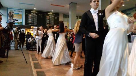 flash mob Balul Vienez de la Timisoara (4)