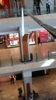 echilibristica la Iulius Mall highline Flaviu Cernescu si George Ciprian Lungu iulie 2015 (17)