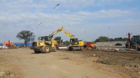 trafic ingreunat Calea Sagului lucrari mall Dermatina sept 2015 (9)