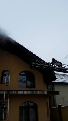incendiu-salon-masaj-vladimirescu-3