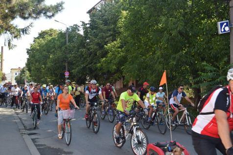 pe biciclete voluntariat (5)
