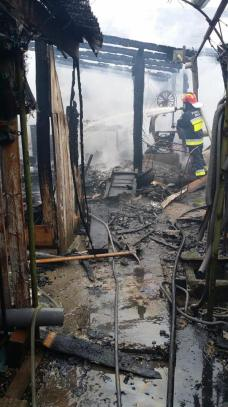 incendiu hala lemn (7)