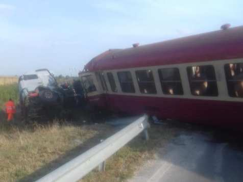accident camion tren Timis 2