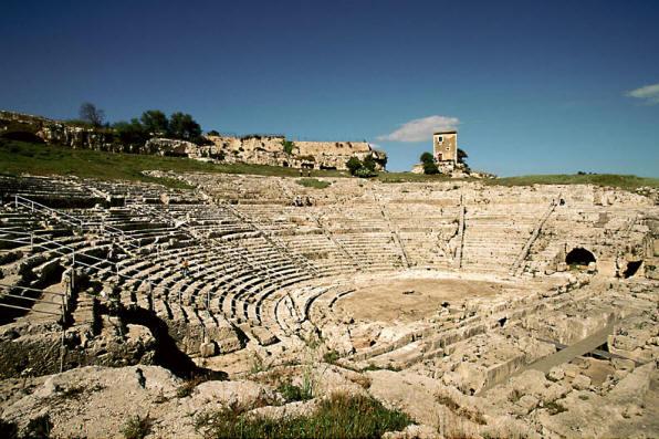 L'Inda di Siracusa sospende fino al 5 luglio le rappresentazioni classiche al teatro greco