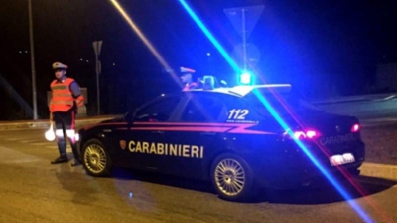 Sortino, i carabinieri fermano due catanesi a bordo di un autovettura rubata. I due uomini alla vista della pattuglia sono fuggiti