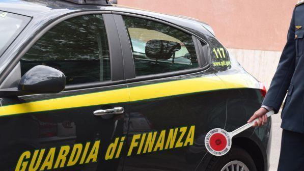 Caltanissetta, Truffe online con social, tre denunciati