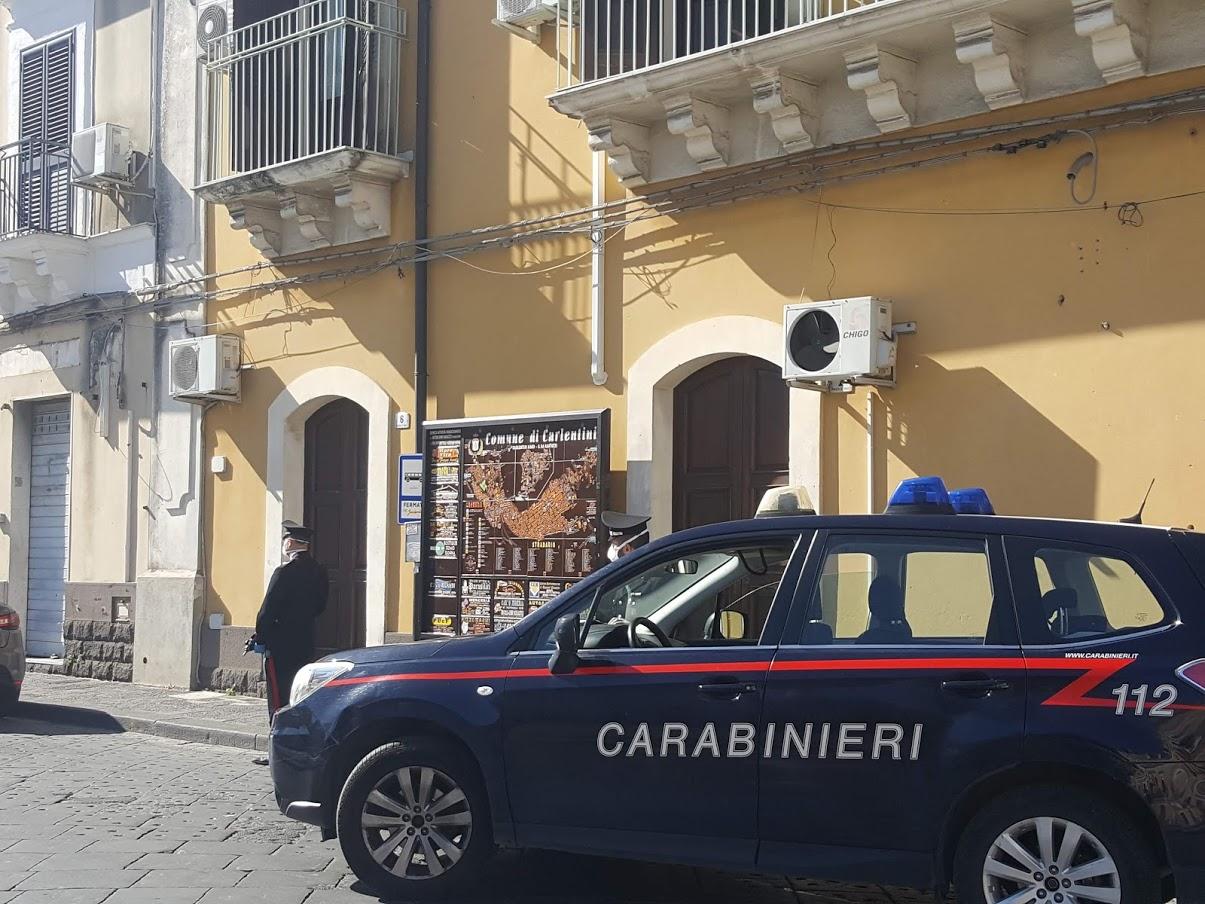 Coronavirus, Carlentini e Lentini, i carabinieri denunciato otto persone. -  Radio Una Voce Vicina