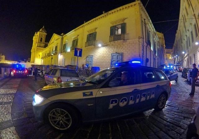 Noto, la Polizia effettua un controllo del territorio: novemila euro di sanzioni