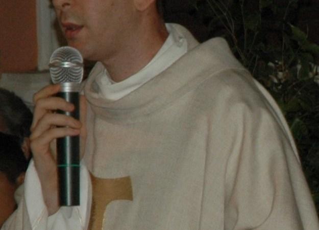 """Floridia, parroco ai fedeli: """"Se esultate per l'ordinanza di Nello Musumeci, non venite a Messa"""""""