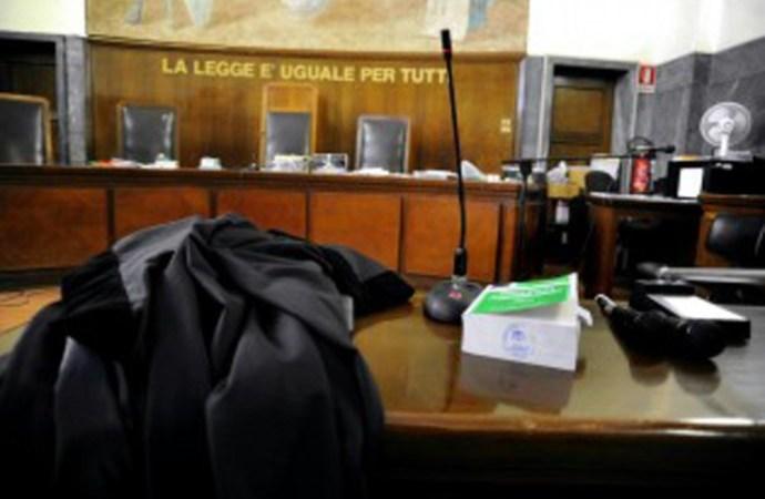 Covid, gli avvocati contro la gestione della giustizia: chiesto un tavolo di crisi