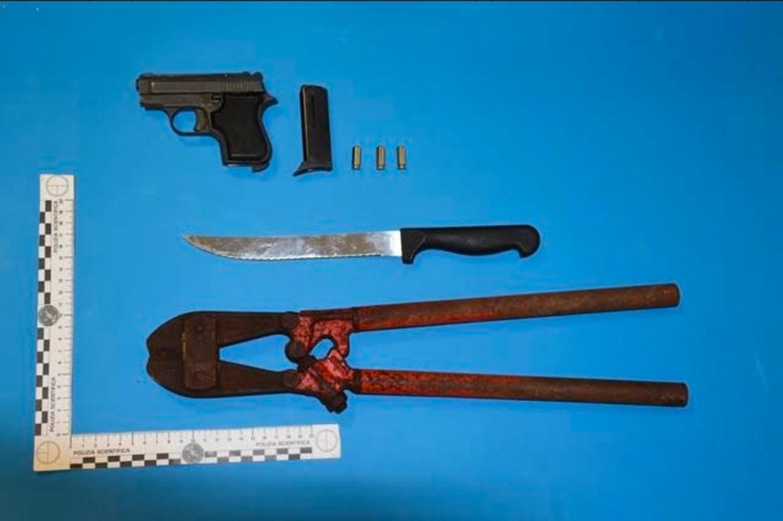 Augusta, la polizia denuncia un uomo per porto abusivo d'arma a salve