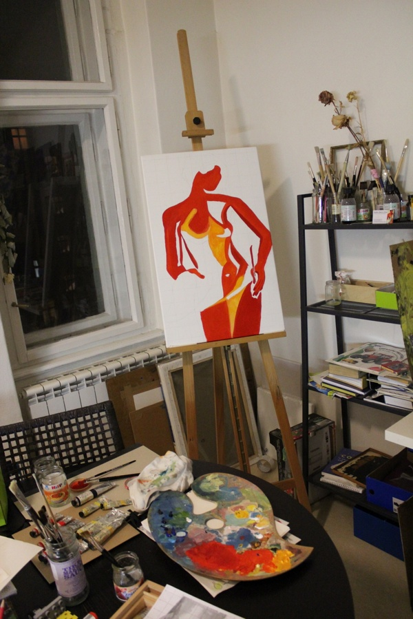 Artists Studio New canvas on the easle