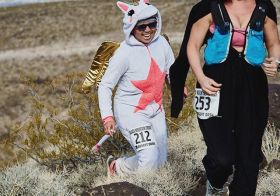 Reason 198 why I  running @desertdashtrailraces : Free race photos! #trailrunningvegas #bmf [instagram]