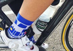 Yesterday's sock game! R2D2 #stancesocks 🤓 A @triproftri find, a @runtricpa pressie (only after I bugged sis to get it for me lol!) #cycling #hutchsbicyclegarage #triathlon [instagram]