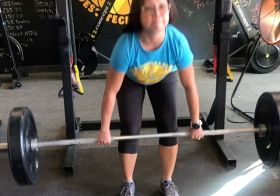 Today wasn't a deadlift PR day, but I scaled Diane (see video time lapse) and PR'd that lol. Strength was 5-4-3-2-1-1-1 which meant I had at least 2 chances to attempt a PR. Video sequence: 4×135# 2×180# 1×200# 1×215# 1×212# Thanks to @kiplyn70 for capturing my attempts 🏽#womenwholift #crossfit #crossfitgirls #runnerswholift #deadliftsaremyfavorite [instagram]
