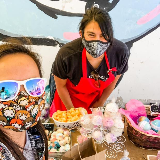 Surprised @yoka815 at her popup shop for @dolcebath702 today and bought some more goodies, more importantly, unicorn poop bubble scoops 🤣 So proud of my friend and her creative and amazing bath bombs. 🏽#supportlocal #dolcebathbombs #supportwomenownedbusinesses #lasvegassmallbusiness