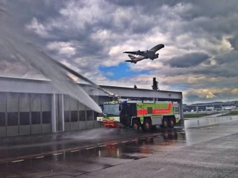 Fluglöschfahrzeug mit A380