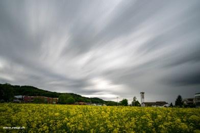 Killwangen an einem Wolkenverhangenen Frühlingsabend