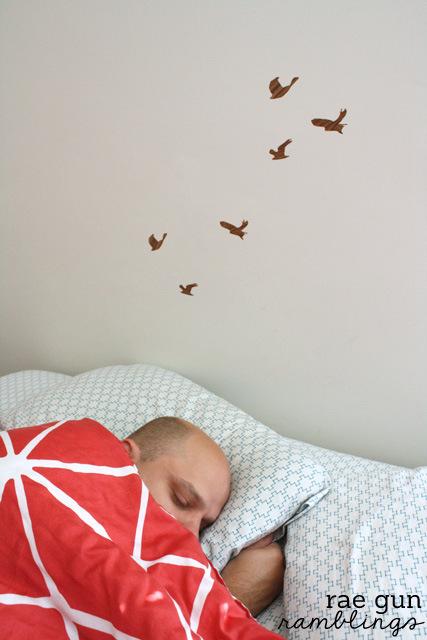 How to make cute wood grain birds for wall art  #homedecor - Rae Gun Ramblingss