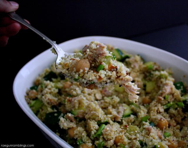 My new go to side. Yummy and easy lemon zucchini quinoa salad recipe - Rae Gun Ramblings