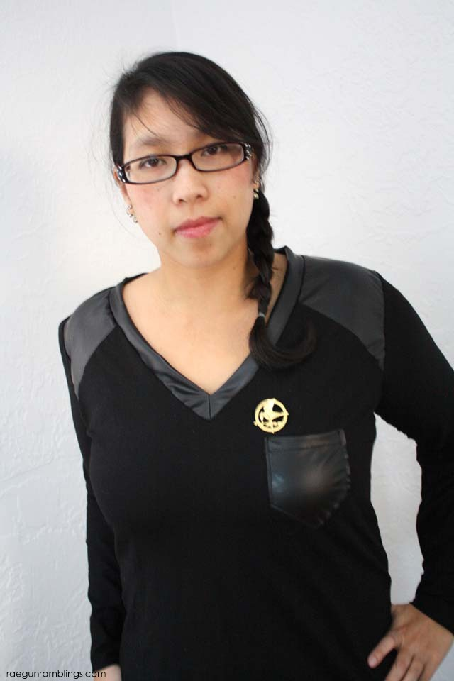 How to make your own faux leather paneled Hunger Games inspired shirt - Rae Gun Ramblings