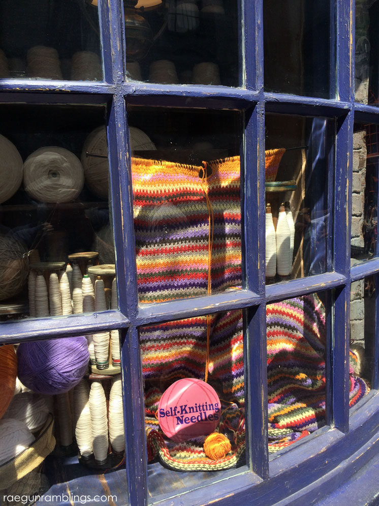 Diagon Alley at the Wizarding World of Harry Potter tour through pictures