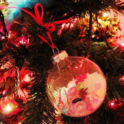Naughty Time: I Spy Ornaments
