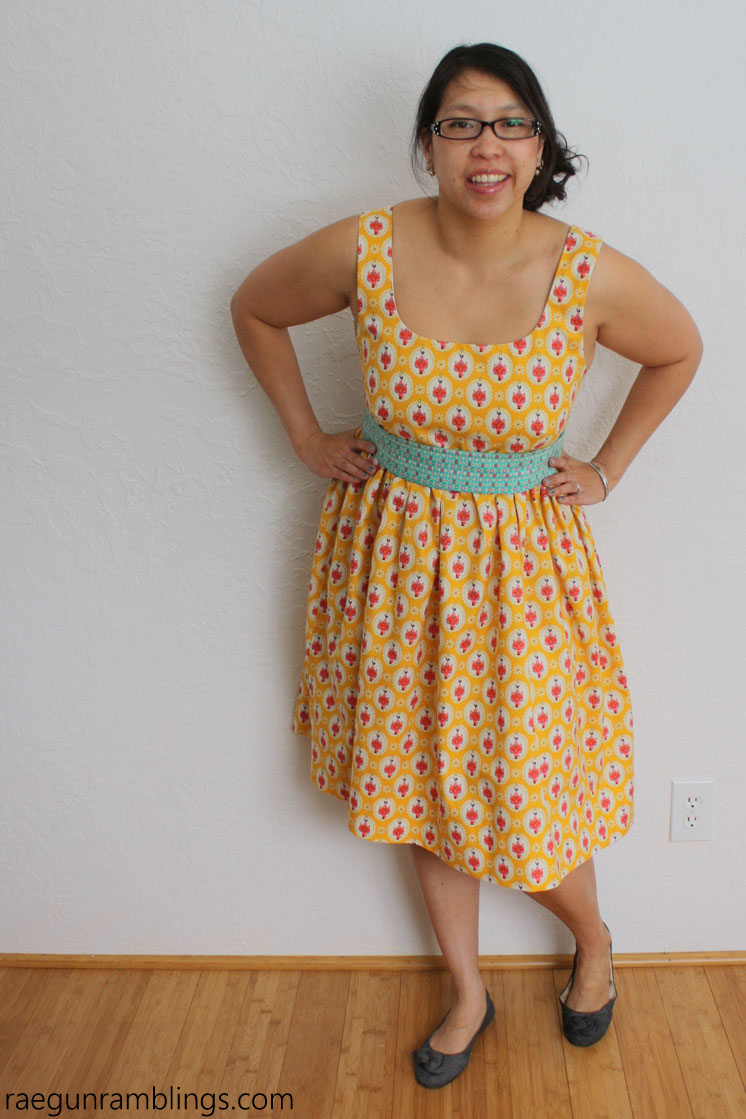 Super cute DIY dress with great sewing tutorial.