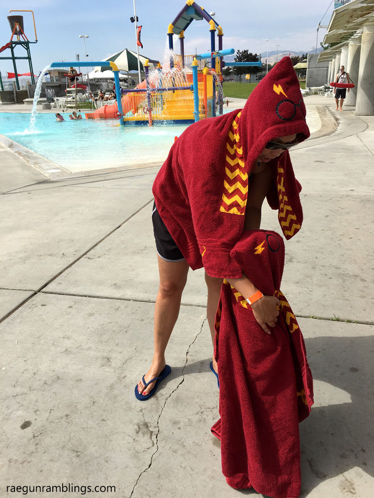 Harry Potter hooded towels for the whole family. DIY or buy