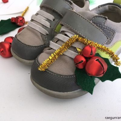 DIY Holly Shoe Jingle Bells Tutorial
