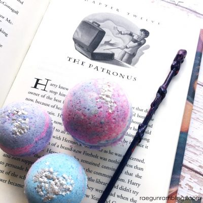 DIY Expecto Patronum Bath Bombs