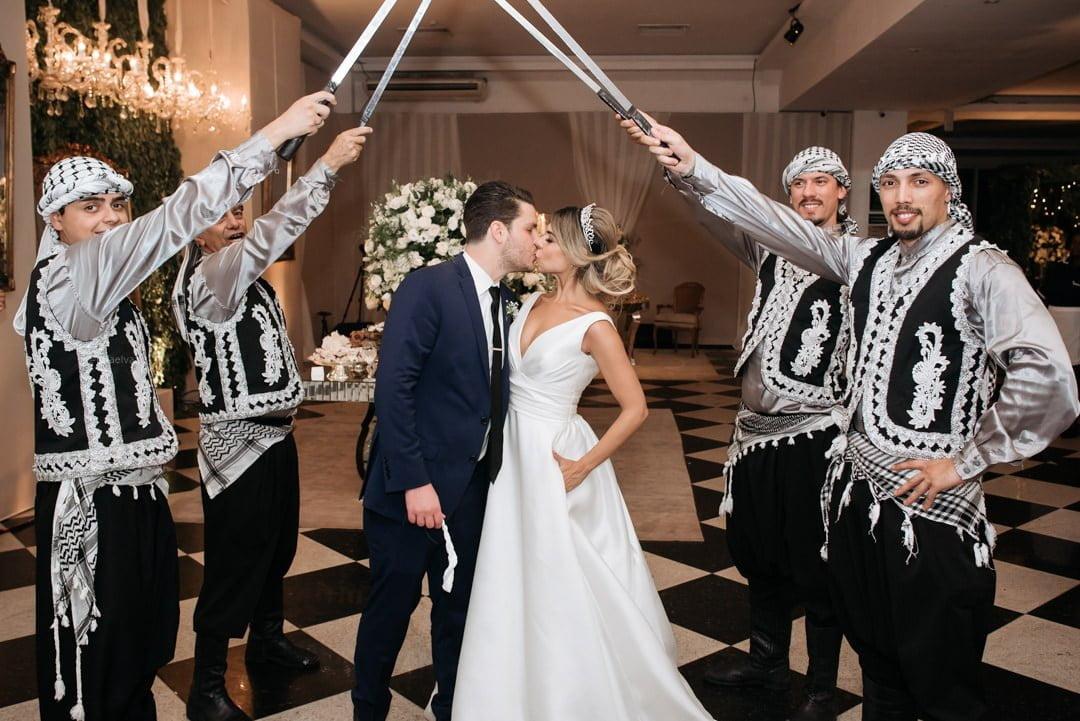 Casamento árabe, casamento arabe, casamento classico, igreja do embaré, casamento em santos, casamento a noite, fotografo de casamento sp, fotografo de casamento classico, decoração de casamento a noite, decoração de casamento classico, dança árabe no casamento