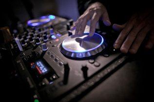 WEDDING DJ - DJ Matrimonio