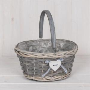 Wicker Trug With Heart 26cm