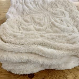 Fleece Quilted King Size Bedspread With 2 Cushion Covers – Cream