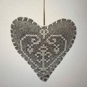 Hanging Felt Heart In Grey