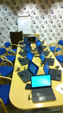 12 laptops, mobile internet, a projector and a table