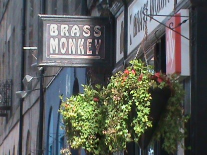 Brassmonkey sign